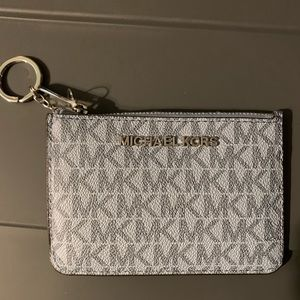 Michael Kors Sm TZ Coinpouch with ID Pale BL/Navy